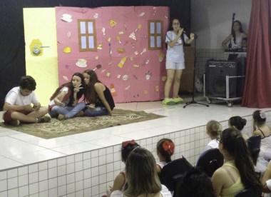 Quintino Rizzieri comemora Dia da Literatura Infantil