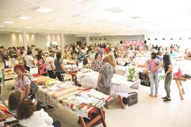 Trabalhos de Clubes de Mães são expostos na 4ª Expofai