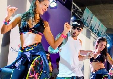 Dançarino que faz sucesso no YouTube comanda Terça Caliente do Guacamole