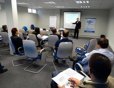 Sebrae oferece curso de gestão financeira a empresas da Rota da Baleia