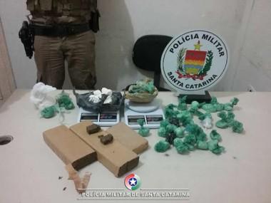 PM realiza apreensão de drogas em Balneário Arroio do Silva