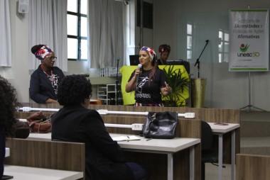 História e conquistas da mulher negra resgatadas na Unesc