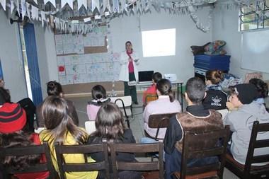 Jovens do SCFV de Maracajá participam de palestra sobre sexualidade