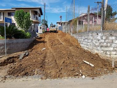 Governo de Siderópolis irá pavimentar mais uma rua no bairro Santa Luzia