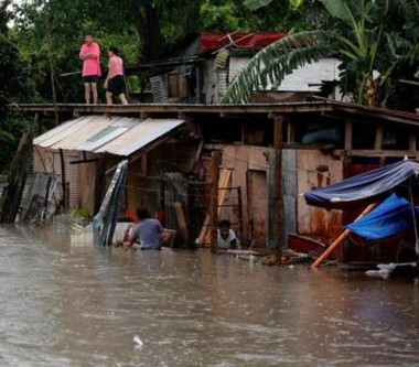 Tufão Talim se aproxima da China e governo evacua áreas