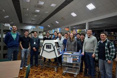 Alunos de Engenharia Mecânica da Unesc criam carrinhos para transportar livros