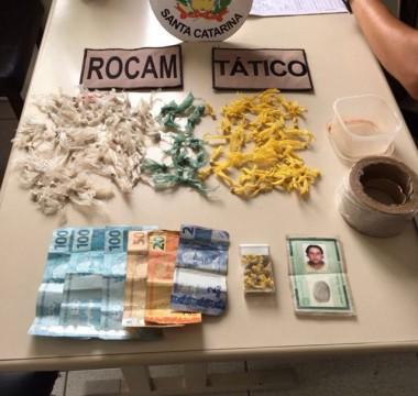 PM flagra tráfico de drogas na Lagoa dos Freitas