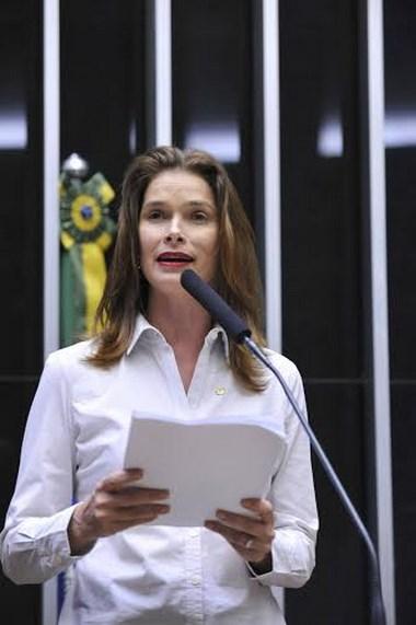 Angela Albino é indicada para comissão que analisará medidas anticorrupção