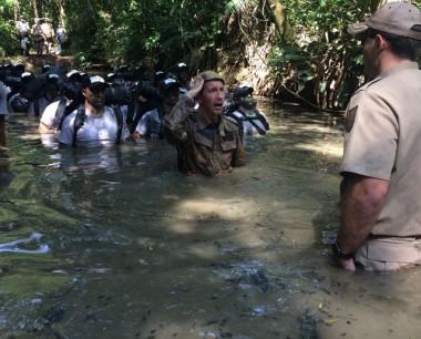 Alunos Soldados do 19º BPM participam de Exapom