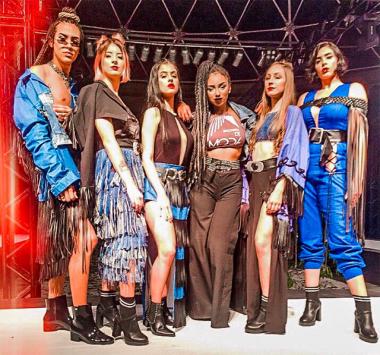 Curso de Moda promove desfile sobre Mulheres Incríveis