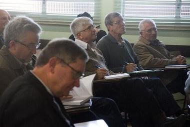 Padres participam de estudo sobre Direito Canônico