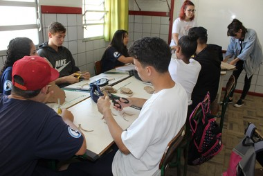 Equipe do Município constrói maquete para alunos com deficiência