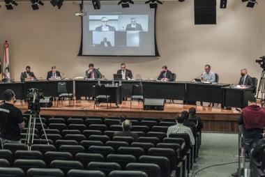 CPI ouve empresário citado em pedido de comissão sobre respiradores