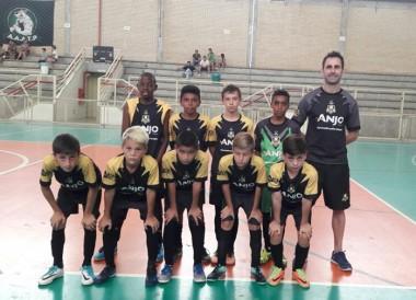 Garotos de Içara disputam terceiro lugar da Copa Anjos