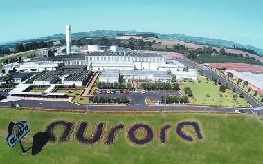 Aurora mantem empregos e contrata pessoal demitido de indústria textil