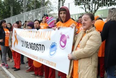 Caminhada pela Prevenção mobiliza alunos e professores