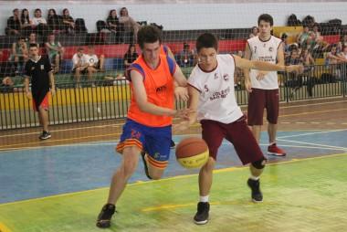 Copa Satc reúne equipes de escolas da região