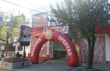 Benoit inaugura a 209ª loja na cidade de Içara com festa