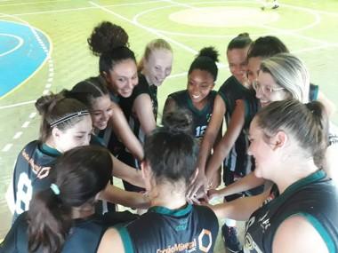 Equipe Satc/FME de basquete vence amistosos