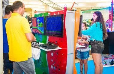 Brinquedoteka e show de mágica animam o fim de semana no Farol Shopping