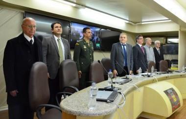 28º Grupo de Artilharia de Campanha é homenageado no Legislativo