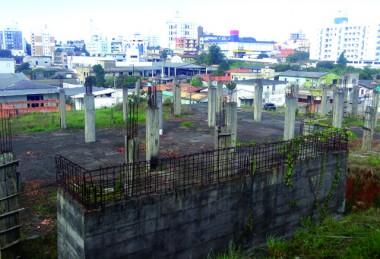 Sem contestação terrenos do  centro cultural irão a leilão