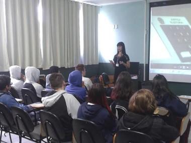 Cartório de São José realiza projeto educativo em escola