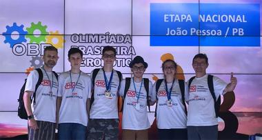 Colégio Maximiliano Gaidzinski fica entre os 10 melhores do Brasil na OBR 2018