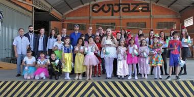 Copaza comemora 27 anos com show de alunos da Escola Augusta Scotti Bacis