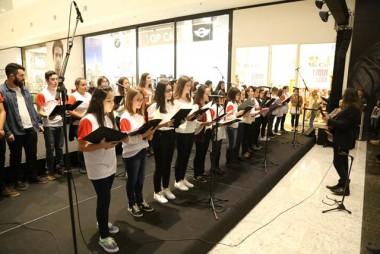 Coral Infanto Juvenil da FMCE faz sua primeira apresentação