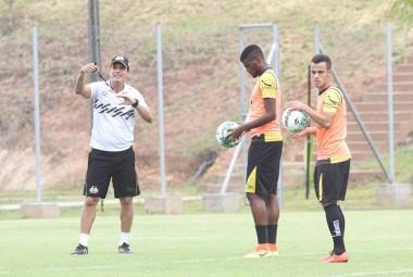 Criciúma duela contra Brasil de pelotas