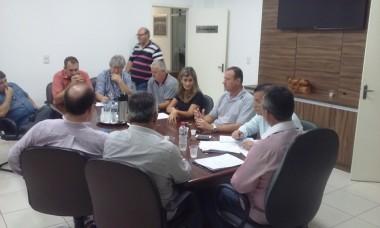 Mais uma reunião para tratar sobre a falta de água no Município