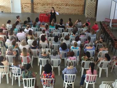 Cronograma de atividades é apresentado às presidentes dos Clubes de Mães