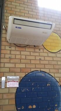 Participantes do Clube de Mães do Centro sofrem com o calor