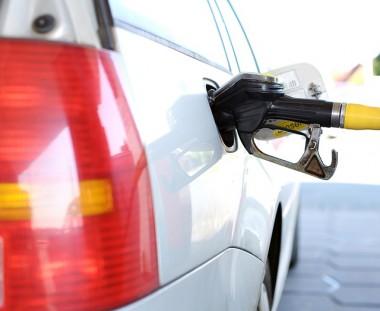 Postos de Içara registram diferença de até R$ 0,20 na Gasolina