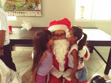 Campanha Natal + Solidário faz a alegria de pessoas + carentes
