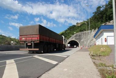 Conheça as transposições por túneis na duplicação da BR-101