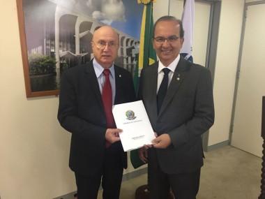 Deputado Jorginho Mello cobra publicação de decreto que melhora acessibilidade
