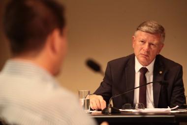 Lei em debate na Alesc proíbe aumento de tarifa de água e energia elétrica