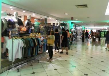 Shopping Della promove Torra-Torra com descontos de até 70%