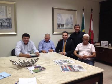 Vereadores do PSD e PMDB visitam deputados na Alesc