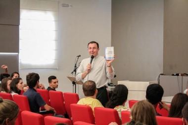 Diocese de Criciúma abre escola de comunicação