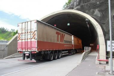 DNIT/SC fará trabalhos no túnel do Morro do Formigão
