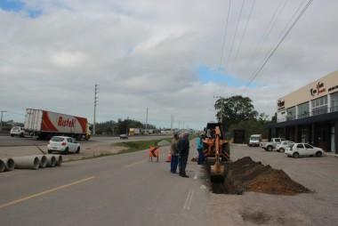 DNIT/SC inicia construção de calçadas em Tubarão