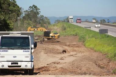 DNIT/SC inicia construção de via lateral na BR-101 Sul