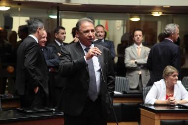 Deputado Dóia apoia produtores de fumo