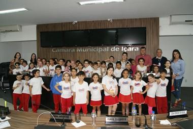 Legislativo recebe visita de alunos do ensino fundamental
