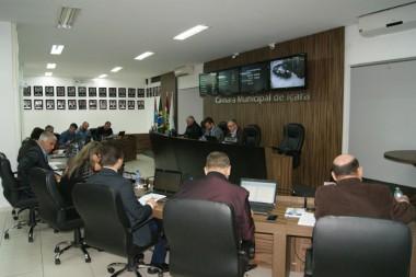 Projeto de lei autoriza termo de uso de motocicleta para PM
