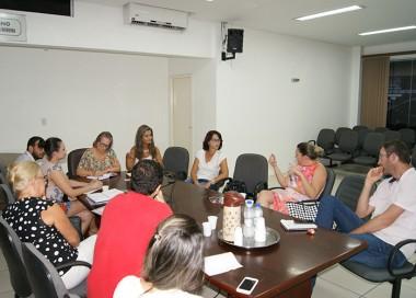 Grupo define as primeiras ações no combate à violência contra as mulheres