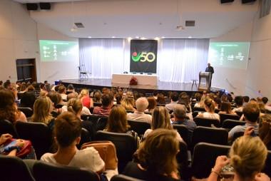 Professores refletem sobre A Educação Superior e o Futuro das Profissões